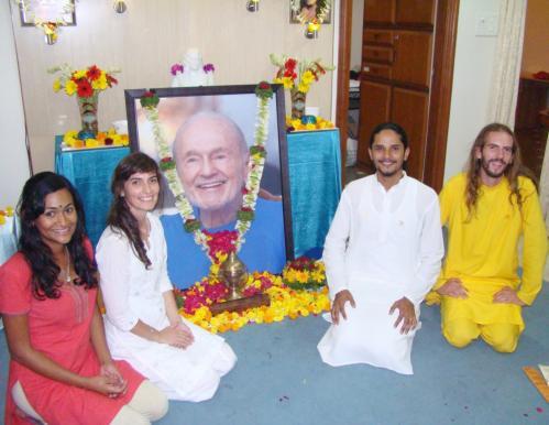Shamini, Narayani, Swamiji, Shurjo and Baraquiel
